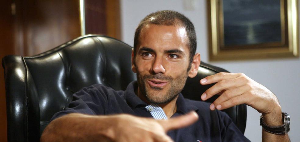 Juzgan a un hombre por apropiarse de 210.000 euros del exfutbolista del Málaga Salva Ballesta