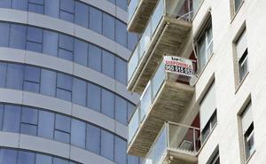 La CNMV ve «deseable» invertir menos en el negocio del 'ladrillo'