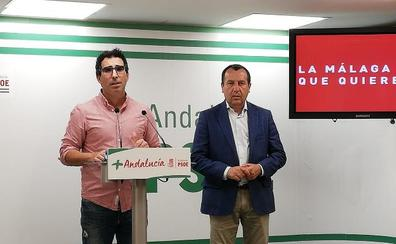 El PSOE acusa a Imbroda de poner las prefabricadas que comparó con 'barracones militares de Afganistán'