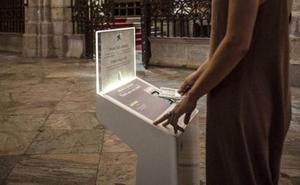 Instalan en la Catedral de Málaga dos 'cepillos digitales'