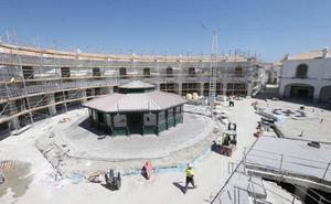 El outlet de Plaza Mayor oferta más de un centenar de puestos de trabajo