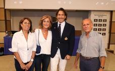 El Real Club Mediterráneo acoge una conferencia de Álvaro de Marichalar