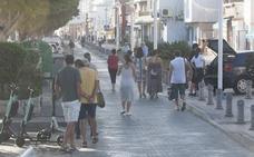 La idea de suprimir el vial del paseo marítimo de El Palo genera críticas en algunos vecinos