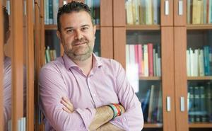 Luis Ayuso: «La soledad es la gran enfermedad de las sociedades avanzadas»