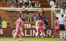 El Málaga se estanca en la zona baja por su habitual falta de gol