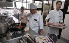 Los restaurantes de La Cónsula y La Fonda abrirán al público tres días a la semana desde noviembre