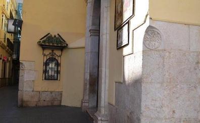 Los guardacantones o guardaesquinas de Málaga
