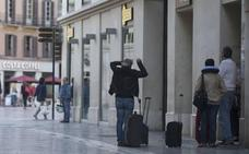 De la Torre señala que no es partidario de implantar ahora una tasa turística en Málaga