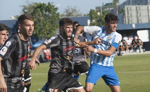 El Vélez y el Palo ganan en una jornada positiva para los malagueños en Tercera