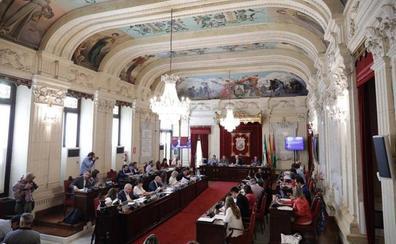 El pleno del Ayuntamiento de Málaga censura en bloque a Al-Thani