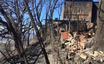 Estabilizado el incendio de Casares que obligó a desalojar decenas de viviendas