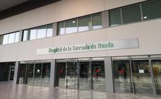 El Hospital de la Serranía de Ronda incorpora la técnica laparoscópica en la realización de histerectomías