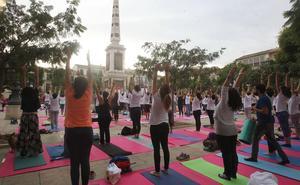 Talleres de yoga en el Museo Ruso y al aire libre en la Plaza de la Merced