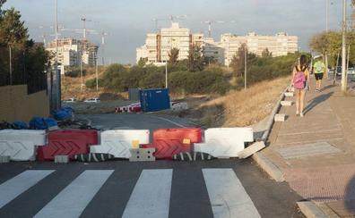 Las obras de la nueva salida de la autovía a Teatinos y Portada Alta acumulan cuatro meses de parón