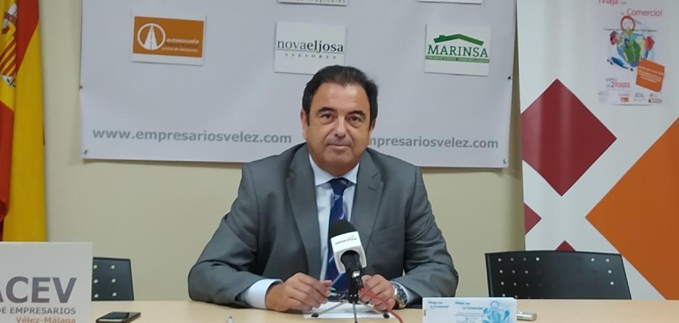 Los comerciantes de Vélez-Málaga sortean dos viajes para fomentar las compras en sus establecimientos