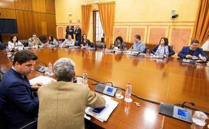 Susana Díaz, Griñán y Chaves irán a la comisión de la Faffe