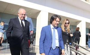 BlueBay deja la puerta abierta a inversores «serios y solventes» para el Málaga