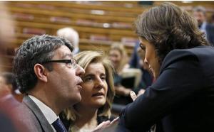 Los ex ministros Nadal y Báñez presentan un libro el lunes en Málaga