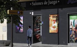 Las casas de apuestas prefieren los barrios humildes de Málaga