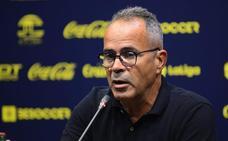 Cervera, entrenador del Cádiz, cree que el Málaga sacará «un once muy bueno»
