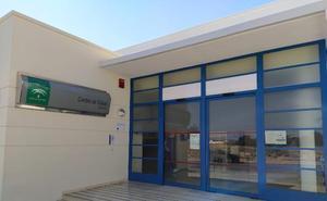Salud asegura que se ha aumentado el personal en el centro de salud de Mollina