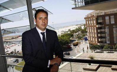 El Ayuntamiento destituye al director de Turismo de Málaga