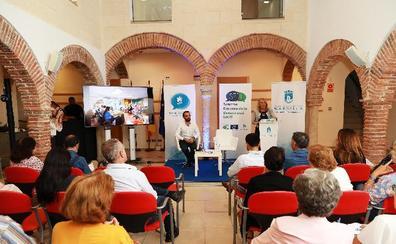 La alcaldesa anuncia la elaboración de un nuevo reglamento de participación ciudadana