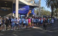 En vídeo, el recibimiento de la afición antes del Málaga-Cádiz