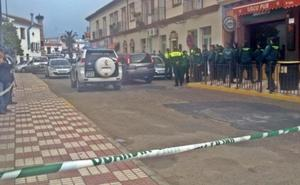 Admiten la demanda por injurias en Facebook de un familiar de víctimas del doble crimen en Almonte