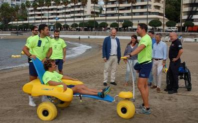 El baño asistido se multiplica por ocho esta temporada de playa con 784 servicios en Marbella