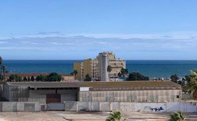 La presencia de una okupa frena un proyecto de trescientas viviendas junto a La Térmica