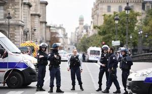 Cinco detenidos vinculados al asesino de la Prefectura de Policía en París
