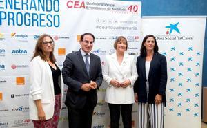 Cea y La Caixa fomentan el empleo entre los mayores de 45 años