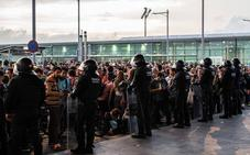 Normalidad en El Prat tras el tras bloqueo y las cancelaciones