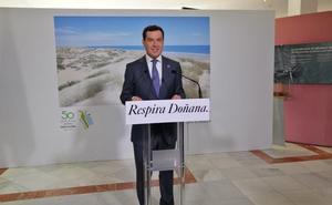 Moreno muestra su compromiso con la conservación de Doñana en su 50 aniversario con más inversión y la inclusión de su defensa en el Estatuto de Autonomía
