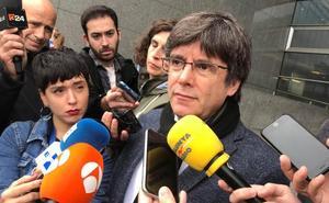 La tercera euroorden lleva a la Eurocámara a prohibir la entrada a Puigdemont