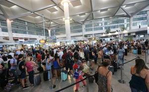 El aeropuerto de Málaga supera por primera vez en su historia los dos millones de pasajeros en septiembre