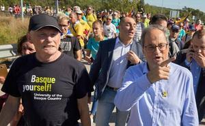 Torra no condena los disturbios de Barcelona y se une las marchas por la libertad de los presos