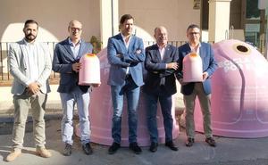Contenedores rosas por el cáncer de mama en la provincia de Málaga
