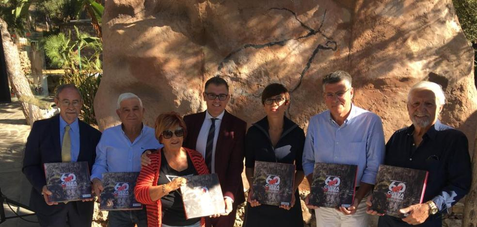 The Cueva de Nerja publishes a book with more than a hundred photographs for the 60th anniversary of the discovery