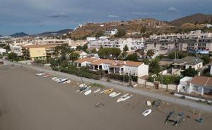 La campaña de ordenación de los varaderos inicia su última fase con la retirada de embarcaciones no registradas