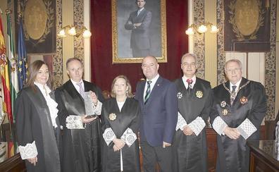 El magistrado Francisco Javier Vela recibe el II Premio Justicia Social Andaluza en Antequera