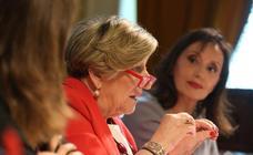 La catedrática Ana Lluch, en el foro 'Ciencia y Salud' de SUR