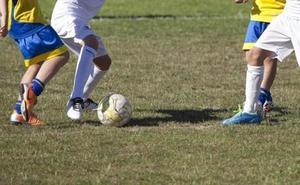 El abogado del entrenador de fútbol de Málaga acusado de abusar de 25 menores pide su absolución