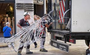 El gobierno municipal modifica el contrato de las luces de Navidad por 265.000 euros más