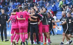 El Málaga recupera la sonrisa (0-2)