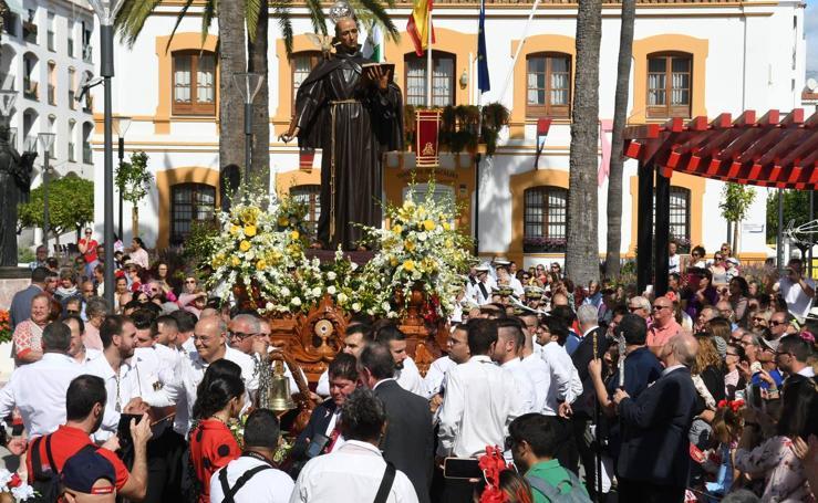 San Pedro Alcántara vive su día grande con los actos en honor a su Patrón