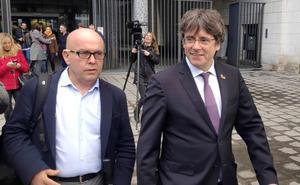 La Policía registra la casa y el despacho del abogado de Puigdemont por blanqueo de capitales