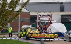 39 muertos en un camión frigorífico de transporte ilegal de inmigrantes a Reino Unido