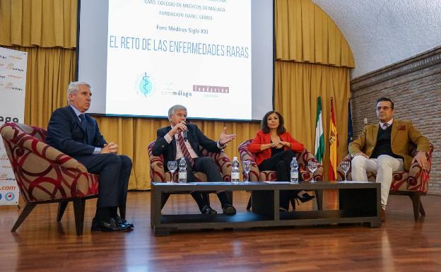Miguel Ángel Arráez, Carlos Carrasco, Isabel Gemio y Antonio Cuesta. /FÉLIX PALACIOS